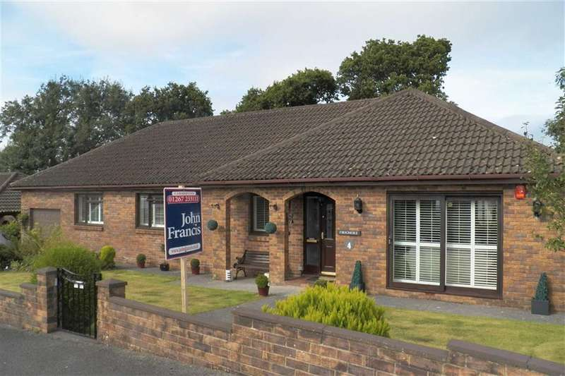 4 Bedrooms Property for sale in Maesglasnant, Cwmffrwd