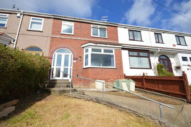 3 Bedrooms Terraced House for sale in Eastlyn Road, Bristol