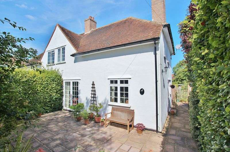 3 Bedrooms Semi Detached House for sale in Onslow Village