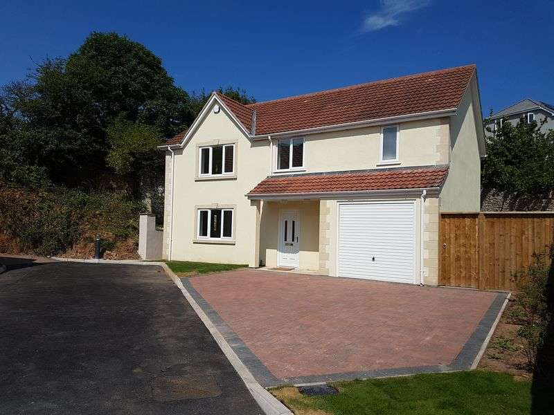 4 Bedrooms Property for sale in Private Gated Development on Milton Hillside