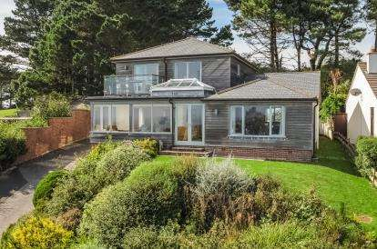 3 Bedrooms Detached House for sale in Fowey, Cornwall
