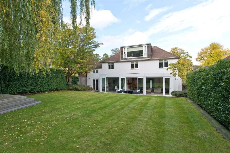 5 Bedrooms Detached House for sale in Queensmere Road, Wimbledon, London, SW19