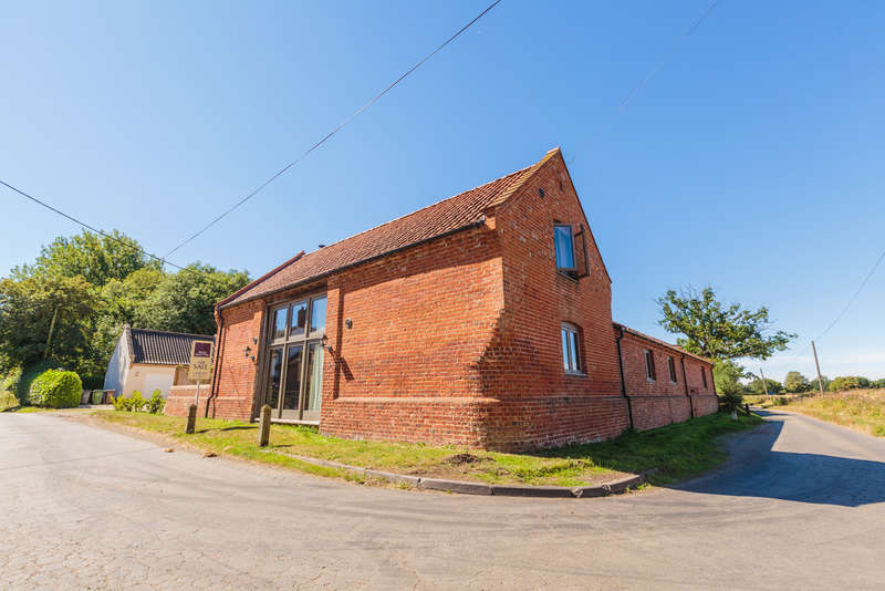 4 Bedrooms Unique Property for sale in Mattishall