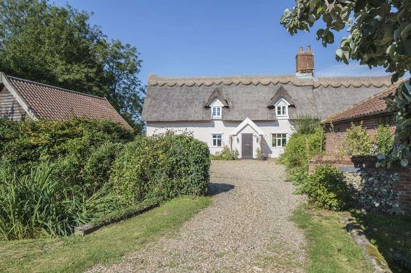 Cottage House for sale in Tibenham
