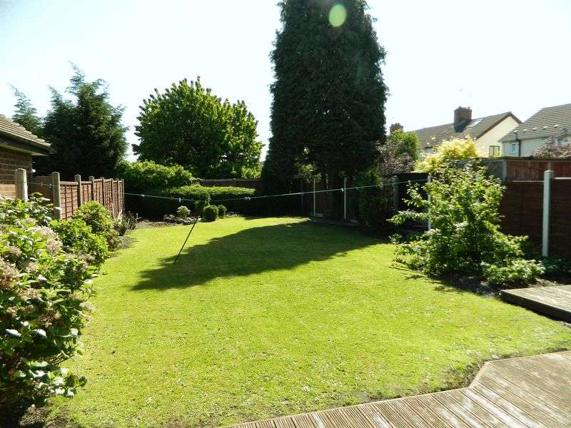3 Bedrooms Detached House for sale in Moseley Road, Willenhall