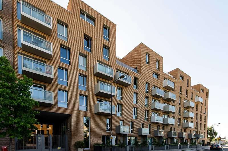 3 Bedrooms Flat for sale in Devons Road, Bow, E3