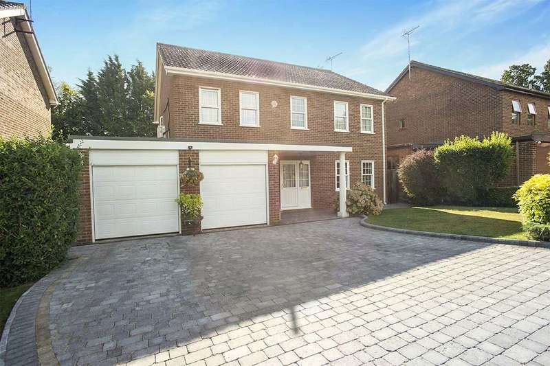 5 Bedrooms Detached House for sale in Pincroft Wood, Longfield, DA3