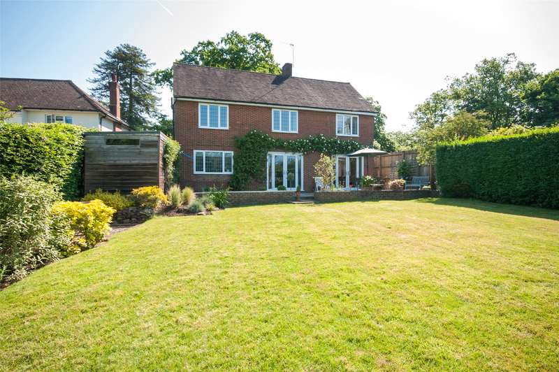 4 Bedrooms Detached House for sale in Wray Common Road, Reigate, RH2