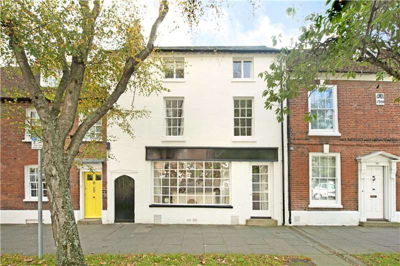 4 Bedrooms Terraced House for sale in St. Pancras, Chichester, West Sussex, PO19