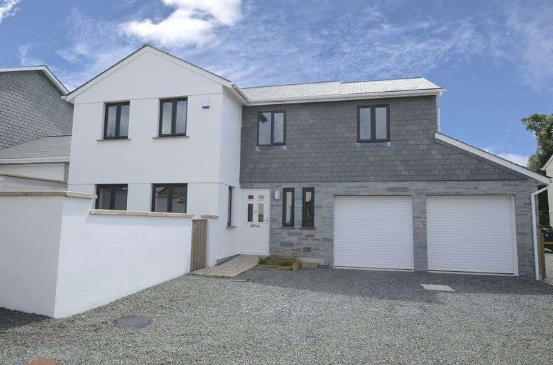 4 Bedrooms Detached House for sale in Philpott Lane, Tavistock