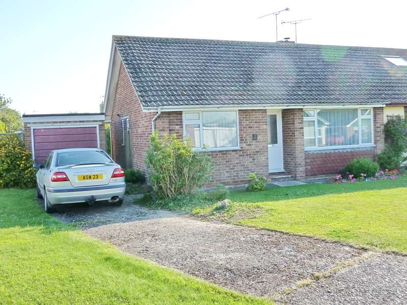 2 Bedrooms Bungalow for sale in Bramble Hill, Alresford, Hampshire, SO24