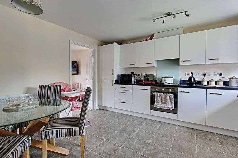 3 Bedrooms Property for sale in Callerton Street, Hull