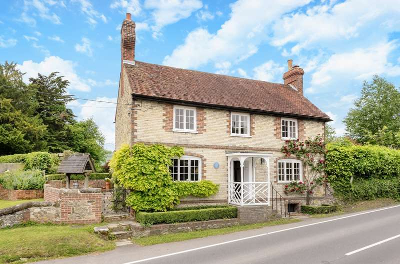 4 Bedrooms Detached House for sale in Duncton, Petworth, GU28