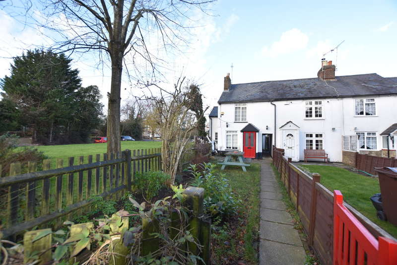 Cottage in  Shepherds Row  Redbourn  St. Albans  AL3  Watford