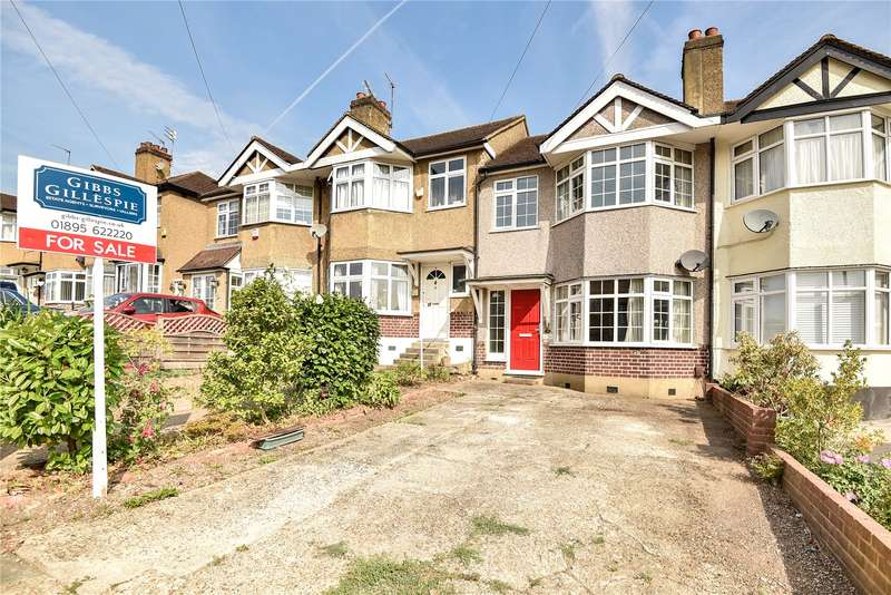 Terraced house in  Wentworth Drive  Pinner  Middlesex  HA5  Richmond