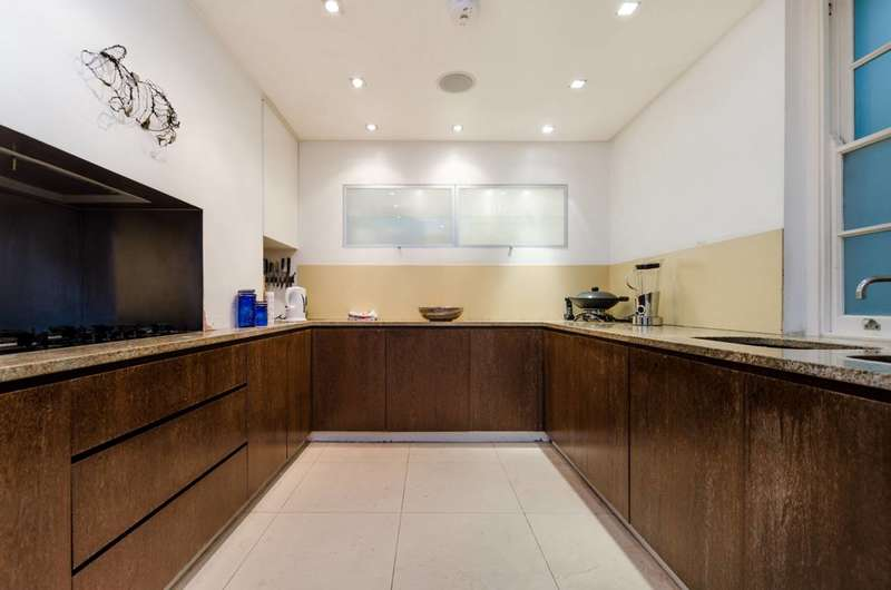 Terraced house in  Holly Hill  Hampstead  NW3  Richmond