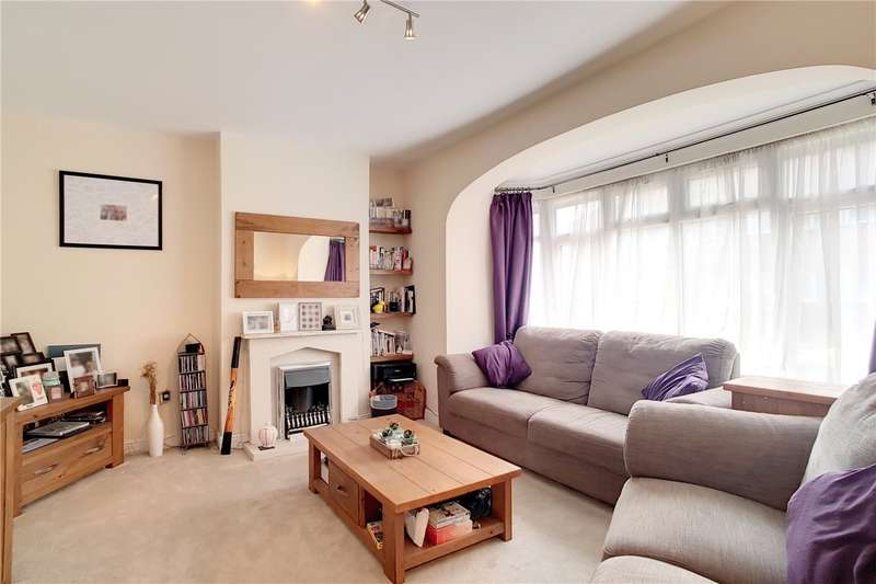 Flat in  Gorringe Park Avenue  Mitcham  CR4  Richmond