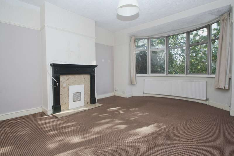 Flat in  Wrottesley Road  London  NW10  Richmond