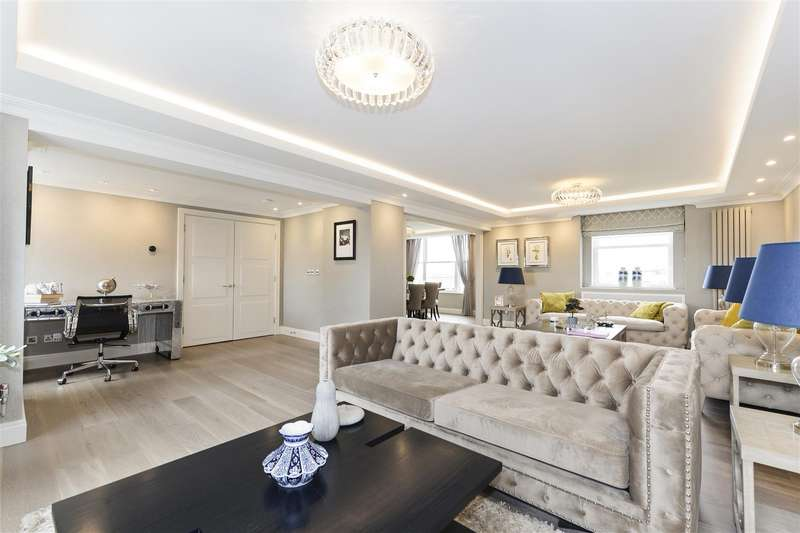 Penthouse in  St Johns Wood Park  St. Johns Wood  London  NW8  Richmond
