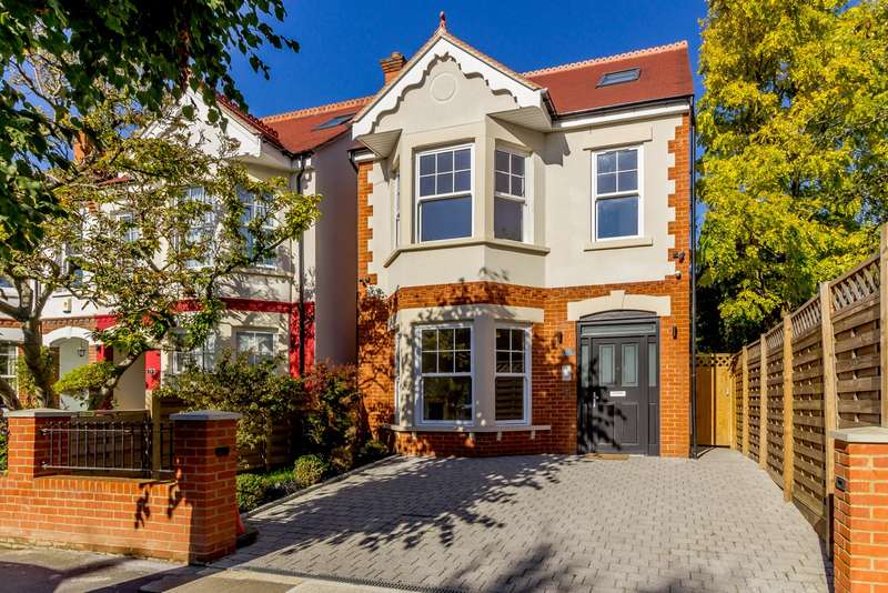 Detached house in  Malden Hill  New Malden  KT3  Richmond