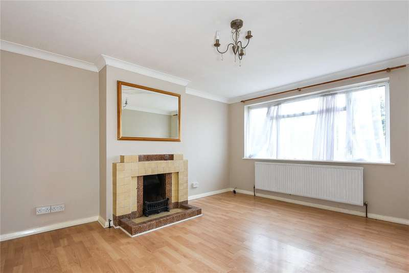 Flat in  Roxborough Avenue  Harrow  Middlesex  HA1  Richmond