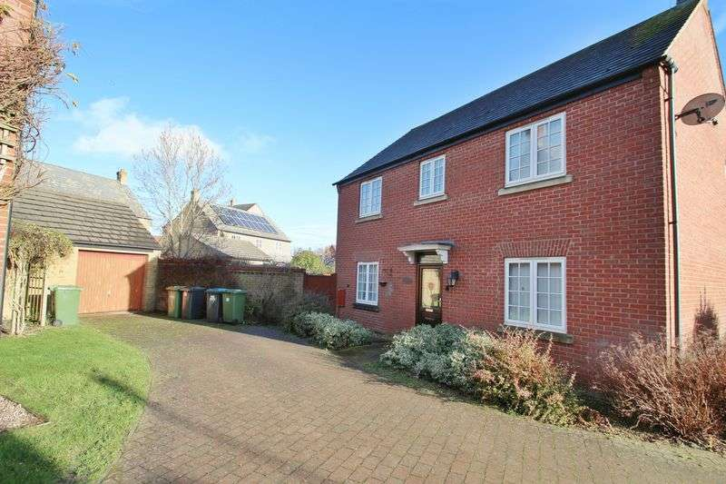 House in  Fieldfare Close  Rugby  CV23  England