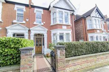 6 Bedrooms Semi Detached House for sale in Goldsmith Avenue, London W3