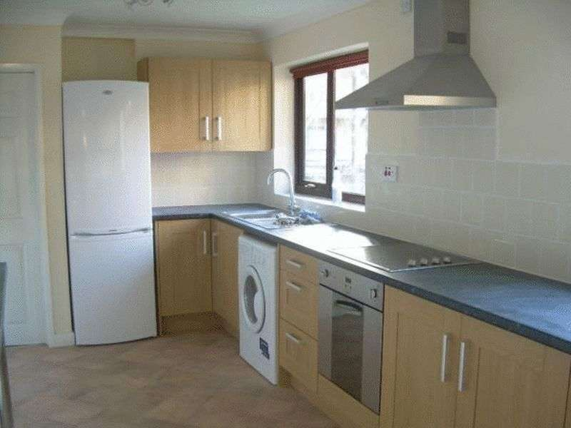 5 Bedrooms Flat for sale in 156 Mousehold Street , Norwich