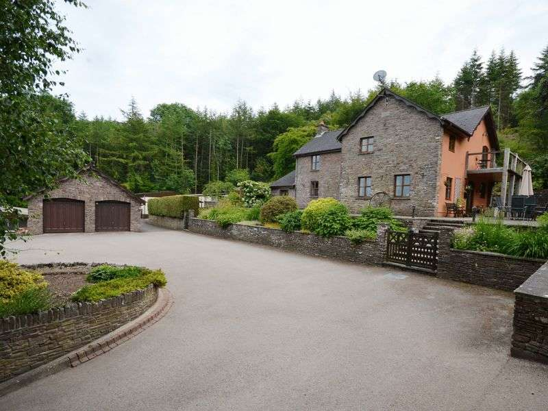 3 Bedrooms Detached House for sale in Blaen Bychlyd, Bwlch