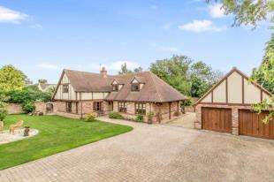4 Bedrooms Detached House for sale in Maiden Street, Weston, Hitchin, Hertfordshire