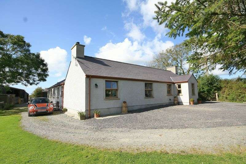 4 Bedrooms Detached House for sale in Pencraigwen, Anglesey