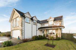5 Bedrooms Detached House for sale in Main Street, Longriggend, Airdrie, North Lanarkshire