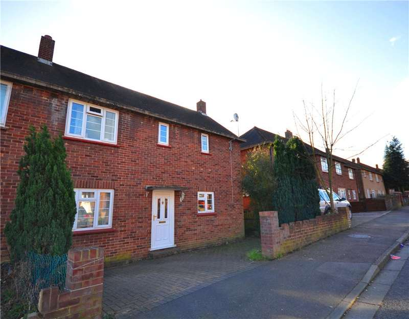 3 Bedrooms Semi Detached House for sale in Hoddesdon