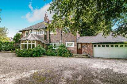 5 Bedrooms Detached House for sale in Ince Road, Liverpool, Merseyside, L23