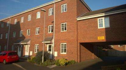 4 Bedrooms Terraced House for sale in Boatman Drive, Stoke-On-Trent, Staffordshire