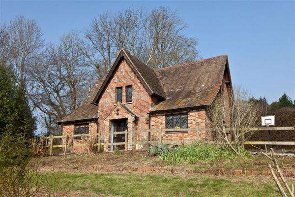 4 Bedrooms Farm House Character Property for sale in Crumpets Farm, Crumpets Drive, Lytchett Matravers, BH16