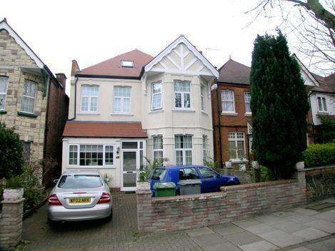 7 Bedrooms Detached House for sale in Staverton Road, London NW2