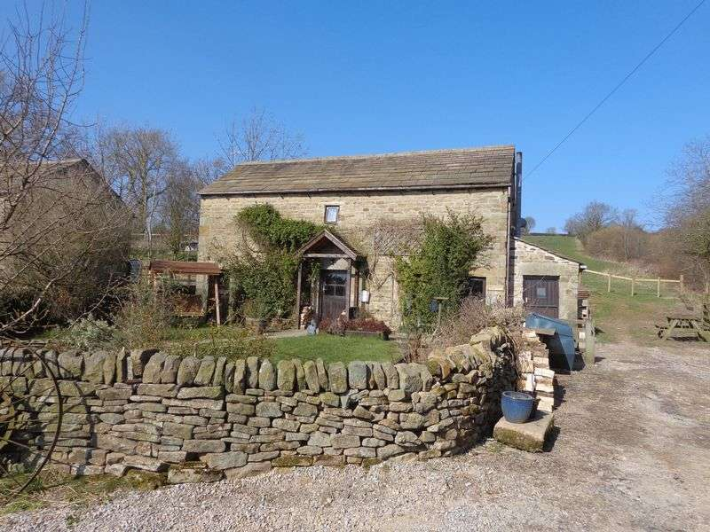 3 Bedrooms Detached House for sale in Hathersage, Hope Valley