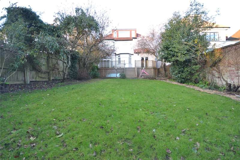 4 Bedrooms Detached House for sale in Beechwood Avenue, Finchley, London, N3