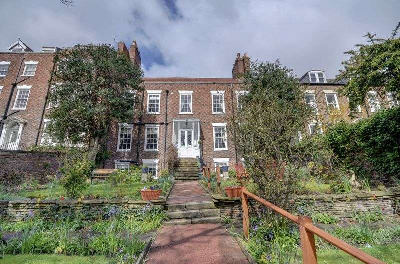 11 Bedrooms Property for sale in Bagdale, Whitby