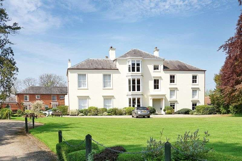2 Bedrooms Flat for sale in Great Bowden, Market Harborough