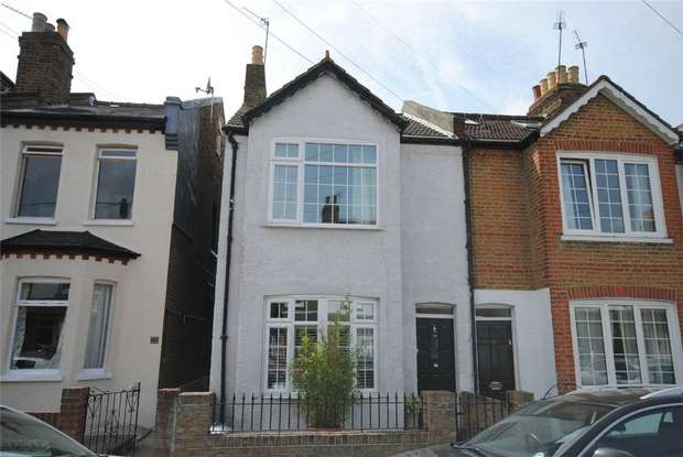 4 Bedrooms End Of Terrace House for sale in Crane Road, Twickenham