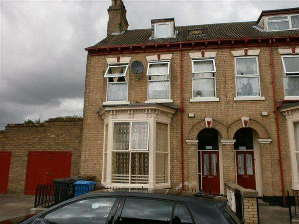 Detached House for sale in Cranbourne Street, Hull