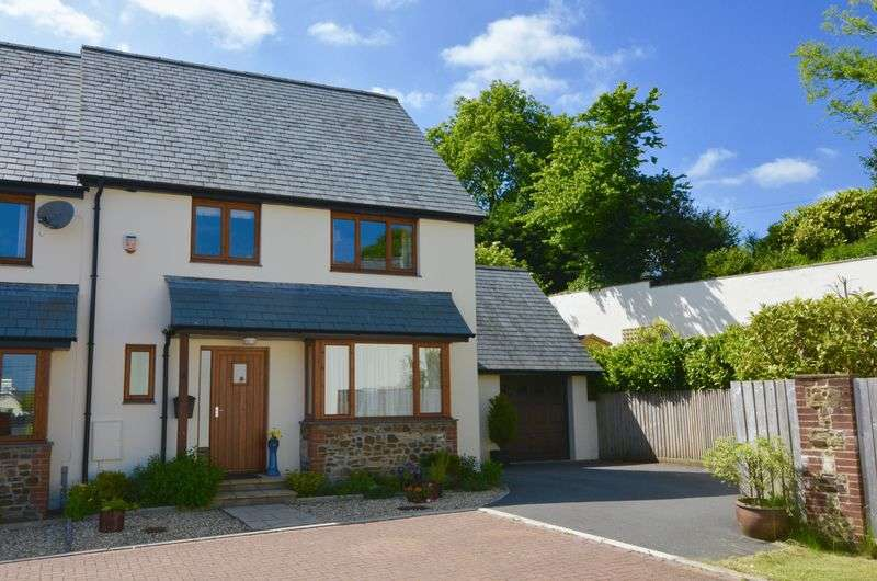 3 Bedrooms House for sale in Old Barn Close, Winkleigh