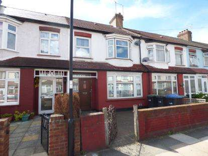 3 Bedrooms Terraced House for sale in Hester Road, London