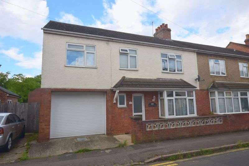 5 Bedrooms Semi Detached House for sale in Church Street, Bletchley, Milton Keynes