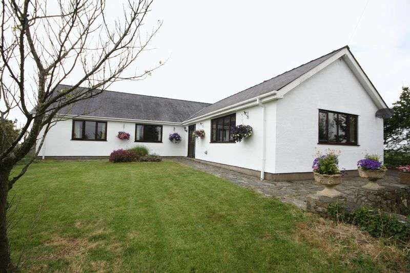 4 Bedrooms Detached Bungalow for sale in Carmel, Anglesey