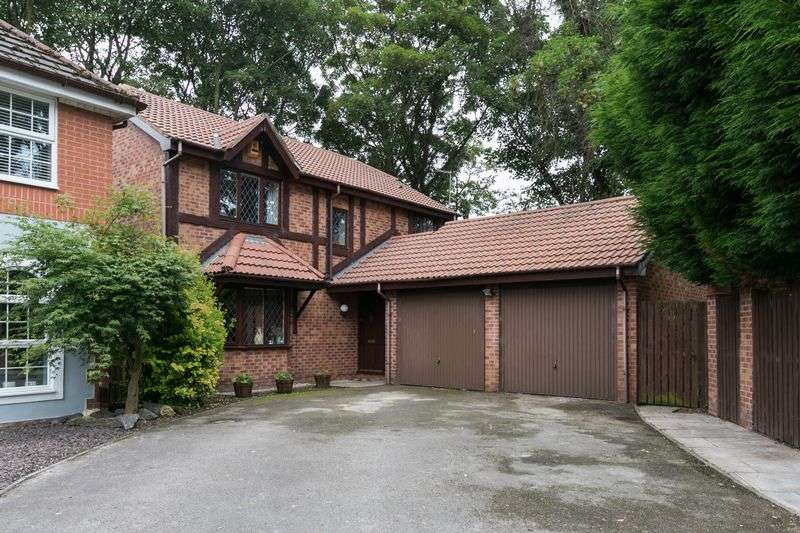 4 Bedrooms Detached House for sale in Carnegie Drive, Ashton-in-Makerfield, WN4 9SH