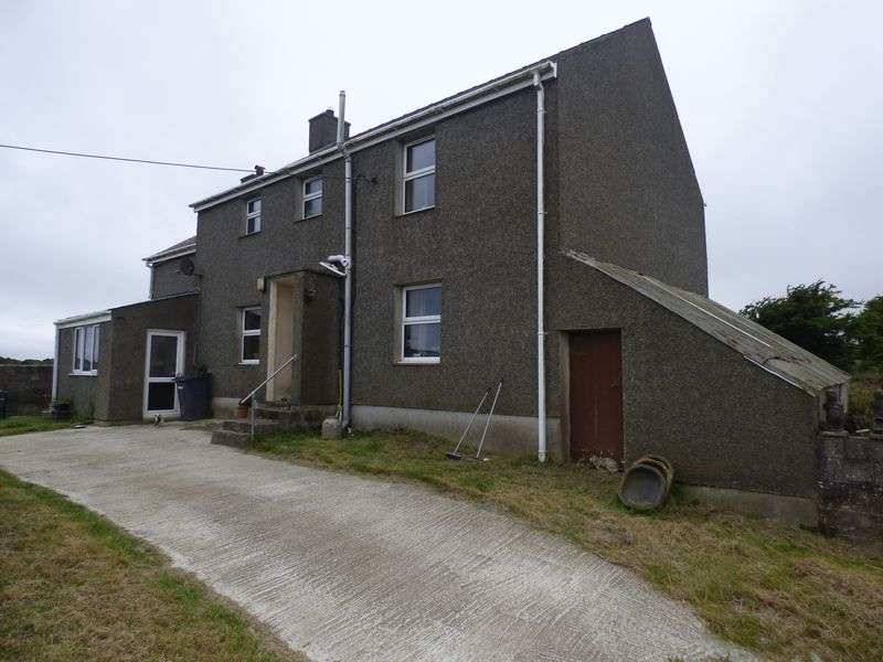 4 Bedrooms Detached House for sale in Tyn yr Allt, Rhosgoch, Anglesey LL66 0AE