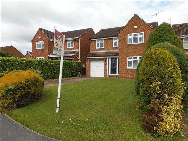 4 Bedrooms Detached House for sale in Crossfield Drive, Woodsetts, Worksop